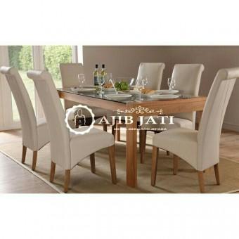 Meja makan minimalis vista